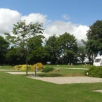 woodovis-park-camping-touring-devon-gallery-all-weather-pitch-02