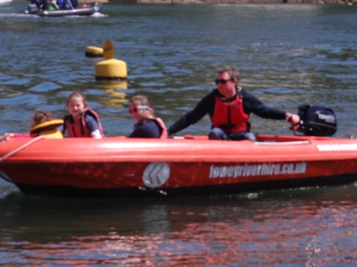 Kayak and boat hire