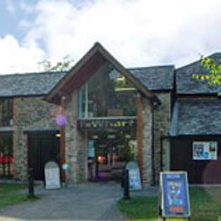 woodovis-park-camping-touring-devon-out-&-about-Tavistock-wharf-centre