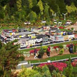 woodovis-park-camping-touring-devon-out-&-about-babbacombe-model-village