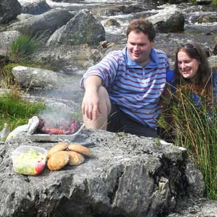 woodovis-park-camping-touring-devon-out-&-about-bbqs-on-dartmoor