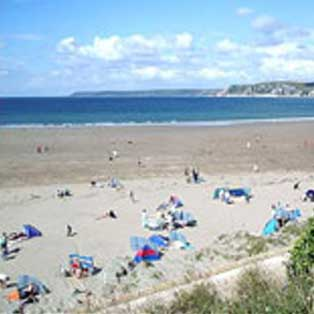 woodovis-park-camping-touring-devon-out-&-about-bigbury-on-sea