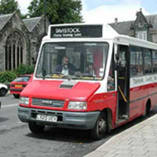 woodovis-park-camping-touring-devon-out-&-about-local-bus-gunnislake-callington