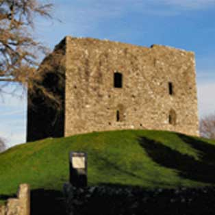 woodovis-park-camping-touring-devon-out-&-about-lydford-castle