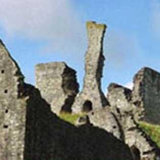 woodovis-park-camping-touring-devon-out-&-about-okehampton-castle