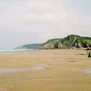 woodovis-park-camping-touring-devon-out-&-about-sandymouth