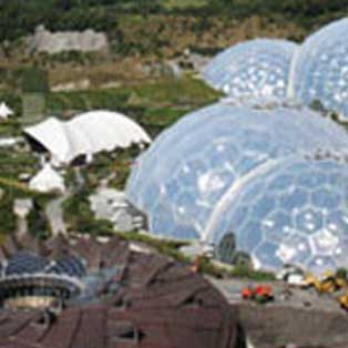woodovis-park-camping-touring-devon-out-&-about-the-eden-project