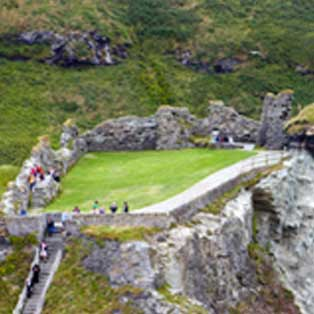 woodovis-park-camping-touring-devon-out-&-about-tintagel-castle