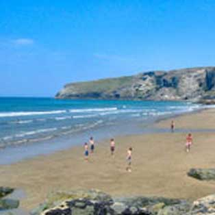woodovis-park-camping-touring-devon-out-&-about-trebarwith