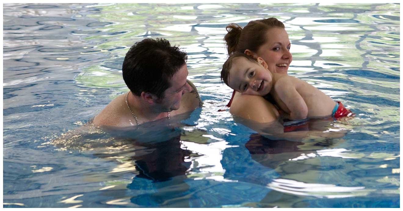 woodovis-park-camping-touring-devon-slider-13-pool