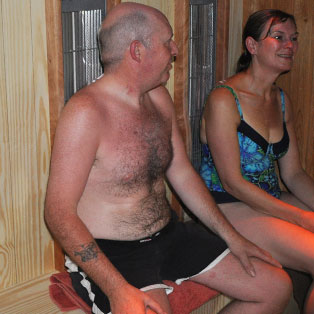 woodovis-park-camping-touring-devon-the-park-facilities-physiotherm-infrared-therapy-cabin